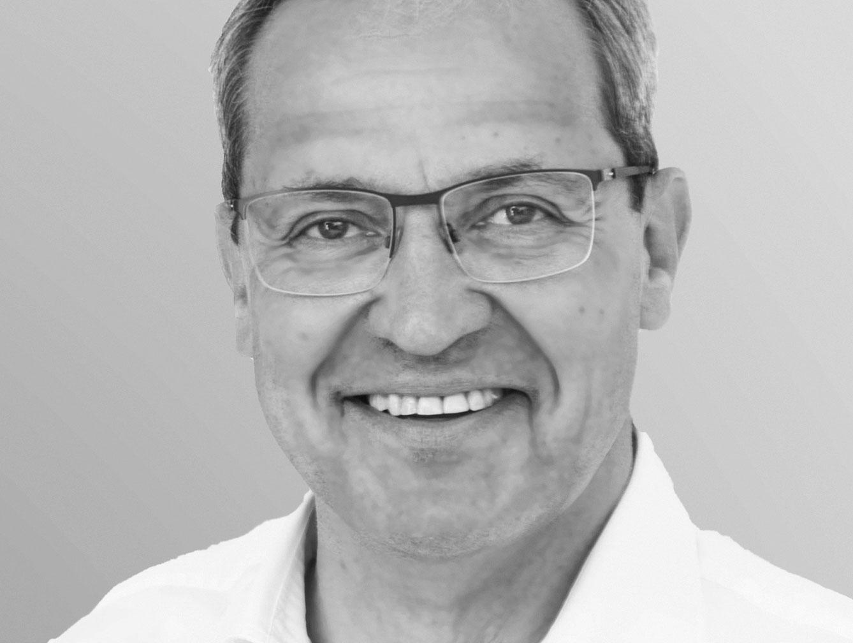 Dr. Stefan Neumeyer